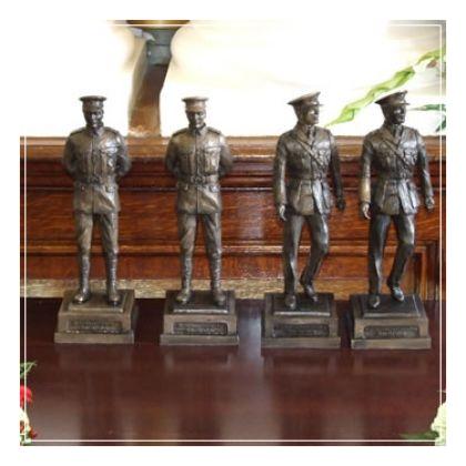vc-statues2007_0605camerajan080107237277241